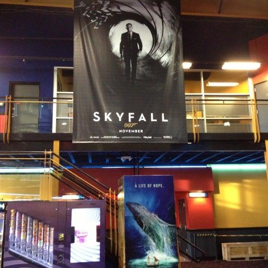 Regal Cinemas Tall City 14 IMAX & RPX - Fairmont Park - 13