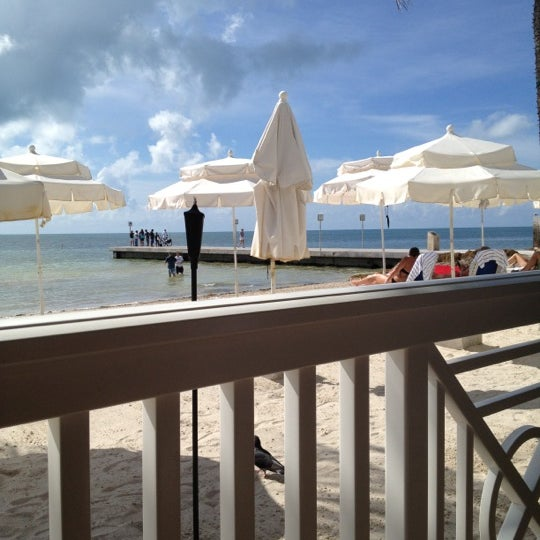 Foto tirada no(a) Southernmost Beach Cafe por Jenn M. em 10/7/2012