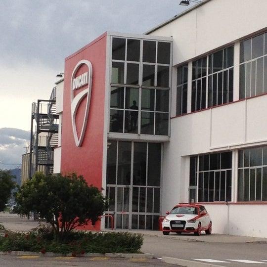 11/3/2012 tarihinde FCPBziyaretçi tarafından Ducati Motor Factory & Museum'de çekilen fotoğraf