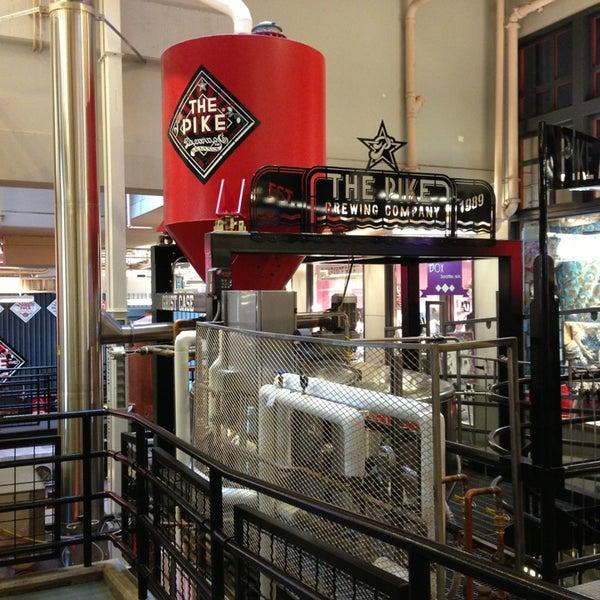 Das Foto wurde bei Pike Brewing Company von Jennifer F. am 4/16/2013 aufgenommen