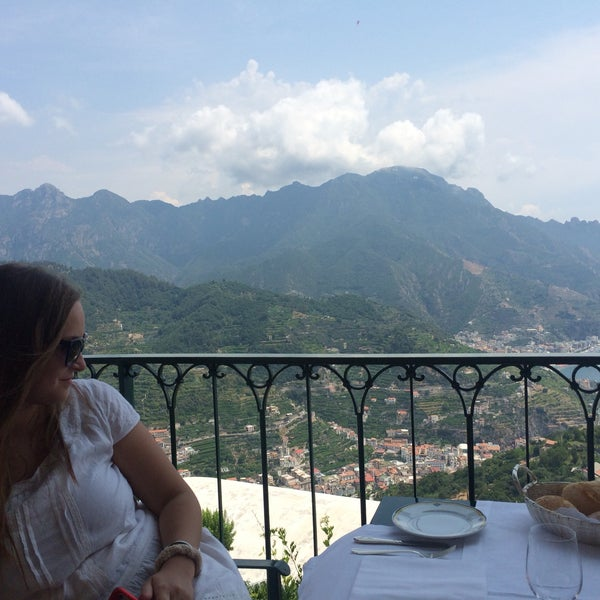 Very expensive, good view and disgusting coffee