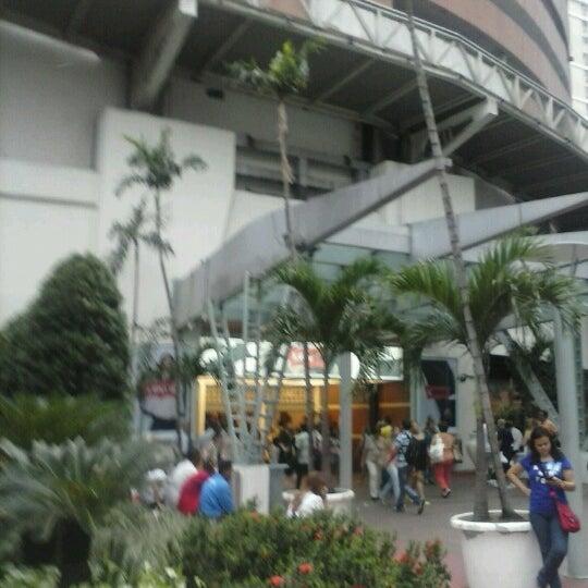 11/9/2012 tarihinde Ana K.ziyaretçi tarafından Shopping Tijuca'de çekilen fotoğraf