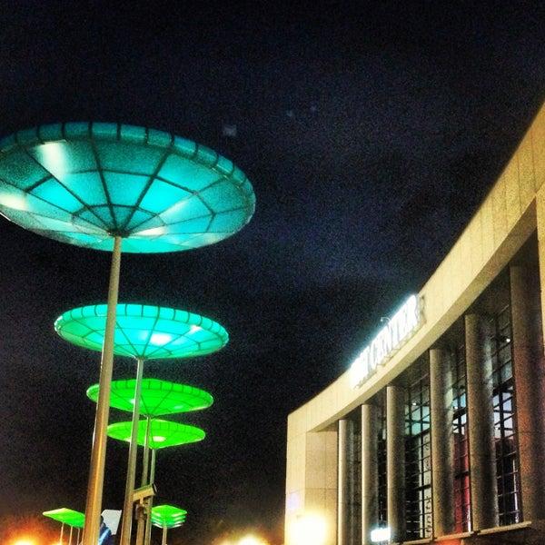 Foto tirada no(a) BB&T Center por Frankie G. em 4/21/2013