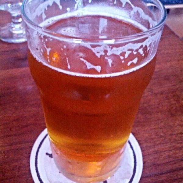 Foto scattata a Cellarmaker Brewing Company da Jeremy J. il 9/27/2014
