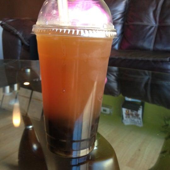 10/4/2012にValerie W.がTea Leaf Cafeで撮った写真