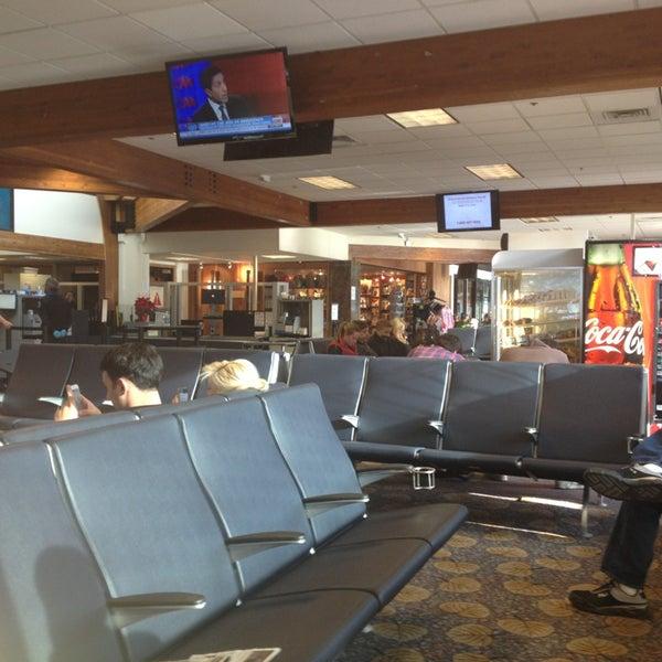 Photo prise au Aspen/Pitkin County Airport (ASE) par Кэт Б. le12/22/2012