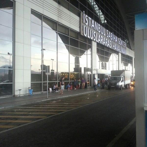 Снимок сделан в Аэропорт Стамбул им. Сабихи Гёкчен (SAW) пользователем Murat K. 8/1/2013
