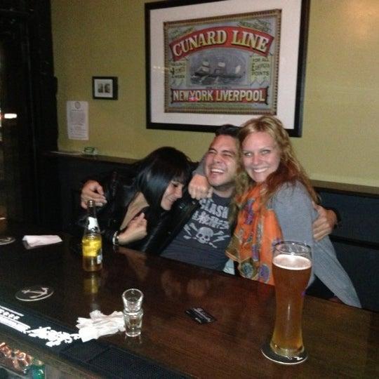 10/11/2012에 alison c.님이 The Monro Pub에서 찍은 사진