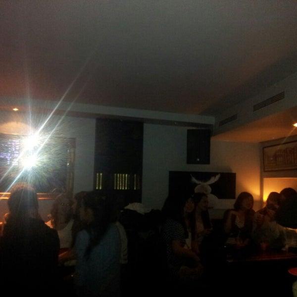 Foto diambil di Le Ghost Pub : Music Bar oleh Jean-david P. pada 2/27/2013