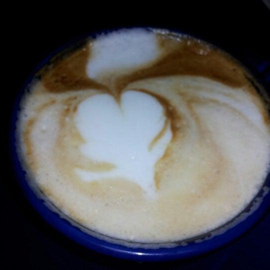 10/6/2012にElle A.がFrogg Coffee Bar and Creperieで撮った写真