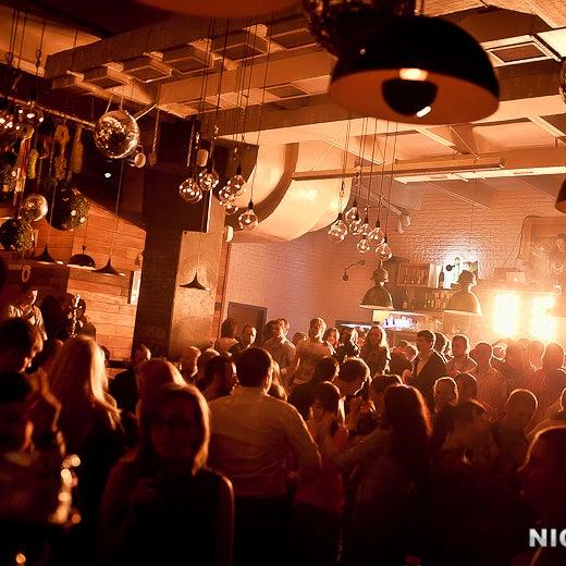 Foto scattata a Moska Bar da Moska Bar il 8/1/2013