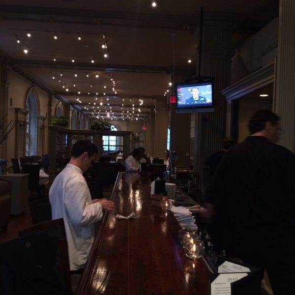Foto scattata a Davio's Philadelphia da Tara K. il 1/17/2014