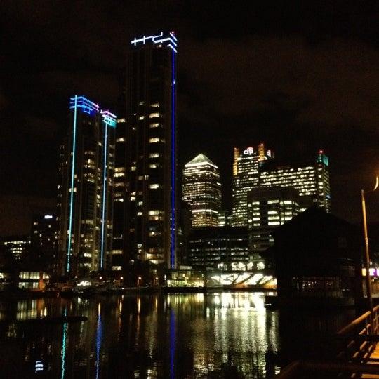 Foto scattata a Canary Wharf da Michael H. il 11/6/2012