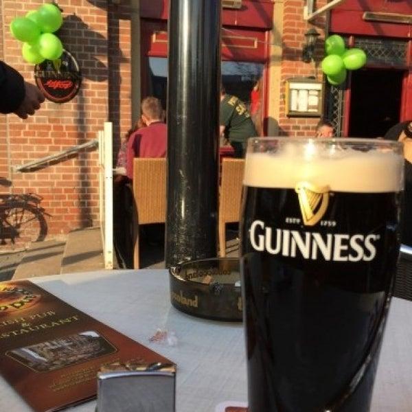 Das Foto wurde bei Fritzpatrick's Irish Pub von Alexander K. am 3/17/2015 aufgenommen