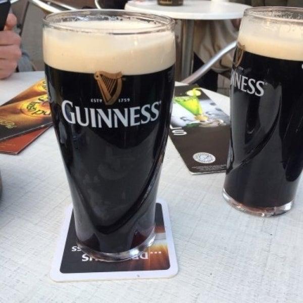 Das Foto wurde bei Fritzpatrick's Irish Pub von Alexander K. am 3/17/2016 aufgenommen