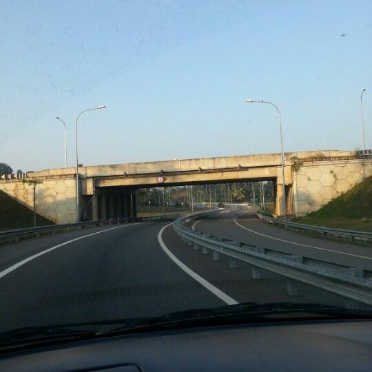 Photos at Southern Expressway Pinnaduwa Interchange - 19 tips