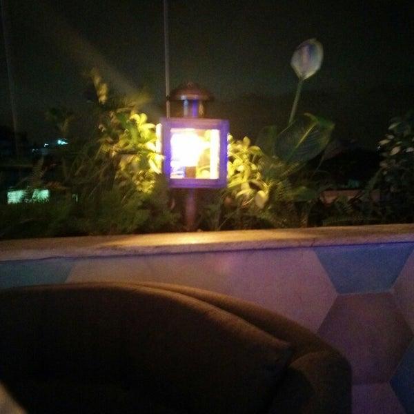 รูปภาพถ่ายที่ Indigo Live - Music Bar โดย Prashanth S. เมื่อ 7/26/2014