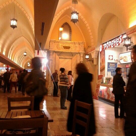 Foto diambil di ACity Premium Outlet oleh Gökçen I. pada 12/16/2012