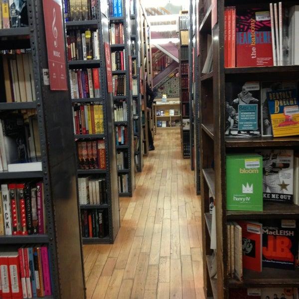 Das Foto wurde bei Strand Bookstore von Patrick l. am 1/4/2013 aufgenommen