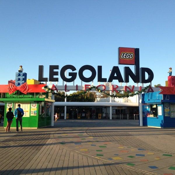 Foto tirada no(a) Legoland California por Kongpon K. em 12/23/2012