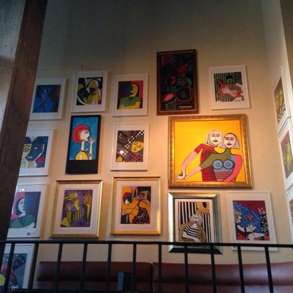 Foto diambil di Subeez Cafe Restaurant Bar oleh Alex S. pada 1/5/2014