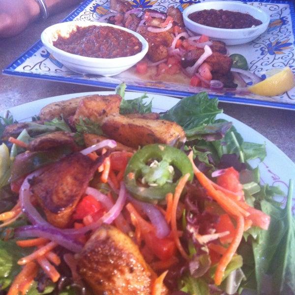 Foto scattata a Desta Ethiopian Kitchen da Precious 💞🎀 il 6/15/2015