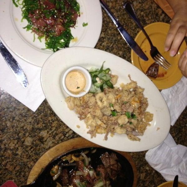 Foto scattata a Ryan's Grill da John A. il 12/24/2012