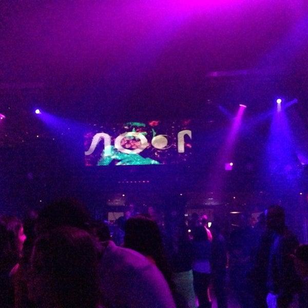 Photo prise au Moon Nightclub par Rachel S (. le8/18/2013
