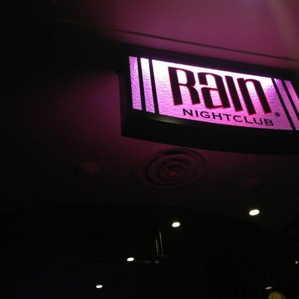 Foto diambil di Rain Nightclub oleh Rachel S (. pada 8/18/2013