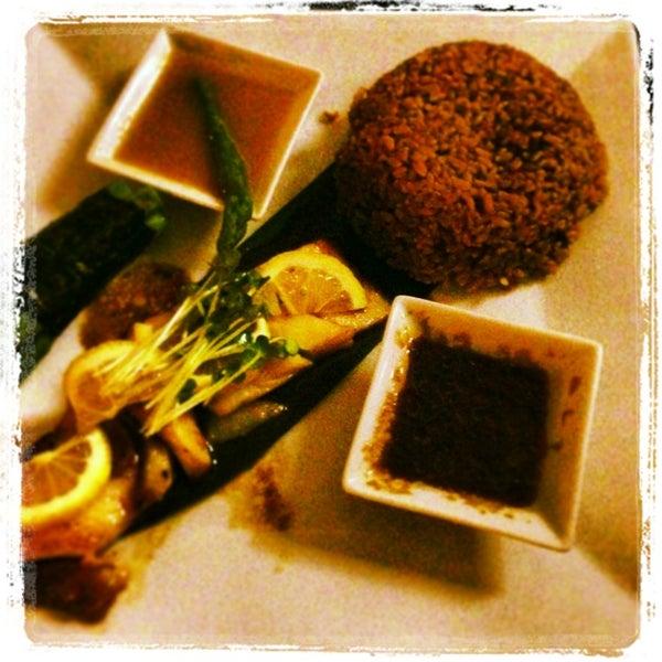 Foto tirada no(a) Obba Sushi & More por Marielis A. em 2/5/2013
