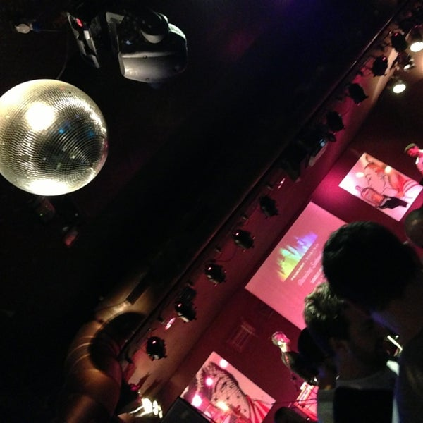 Das Foto wurde bei Bobino Club von Francesca M. am 2/28/2013 aufgenommen
