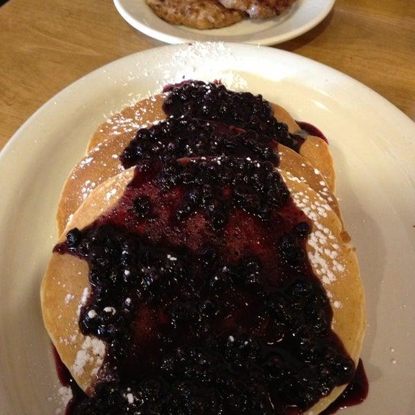 Photo prise au Breakfast Club par Anil T. le12/31/2012