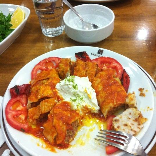 Снимок сделан в Çulcuoğlu Restaurant пользователем Esra A. 11/11/2012