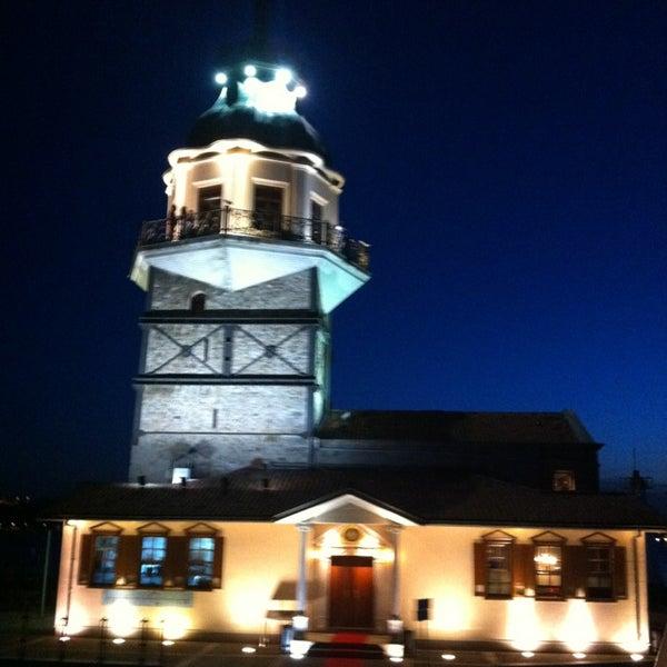 6/10/2013にElif D.がKız Kulesiで撮った写真