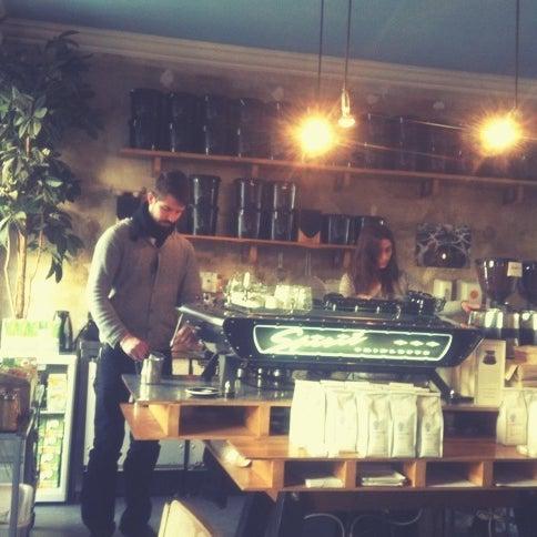 Снимок сделан в Bonanza Coffee пользователем Julia G. 10/12/2012