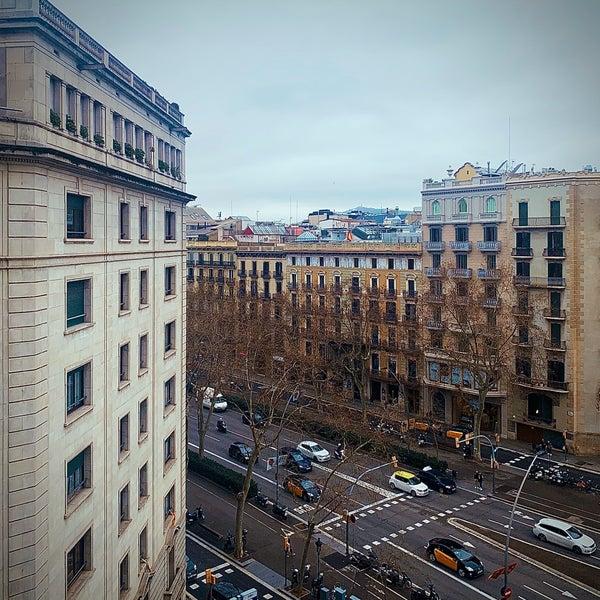 Foto tirada no(a) El Palace Hotel Barcelona por Mُuَath em 2/12/2020