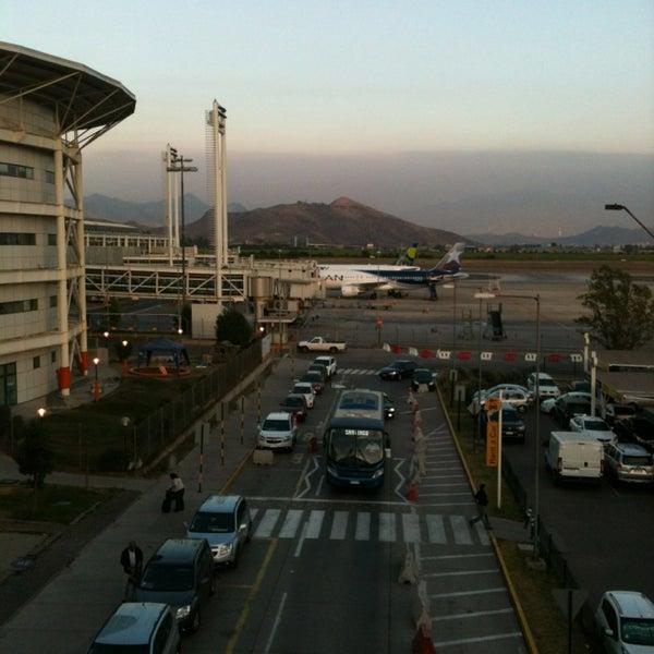 Photo prise au Aeropuerto Internacional Comodoro Arturo Merino Benítez (SCL) par Jose Luis A. le12/17/2012