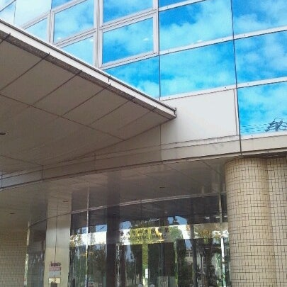 愛西市中央図書館