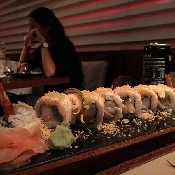 Foto tirada no(a) SushiCafé Avenida por Nm em 9/15/2016