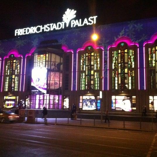 Das Foto wurde bei Friedrichstadt-Palast von Manfred E. am 11/25/2012 aufgenommen