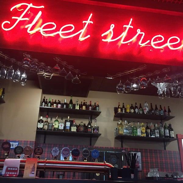 Снимок сделан в Fleet Street пользователем Dmitrii K. 10/28/2016