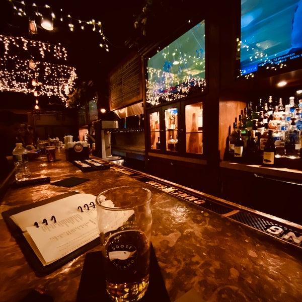 Photo prise au Mudville Restaurant & Tap House par Mellingsater le11/30/2019