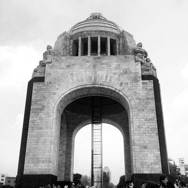 Foto tomada en Monumento a la Revolución Mexicana por Vicko Å. el 6/13/2013