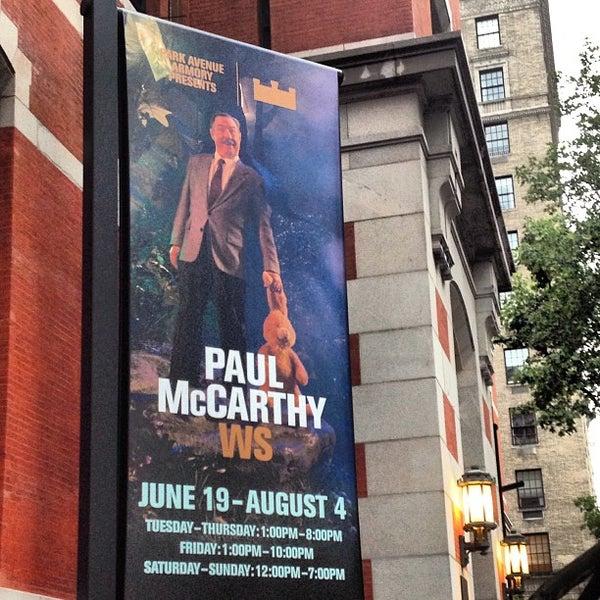 Photo prise au Park Avenue Armory par Todd S. le6/19/2013