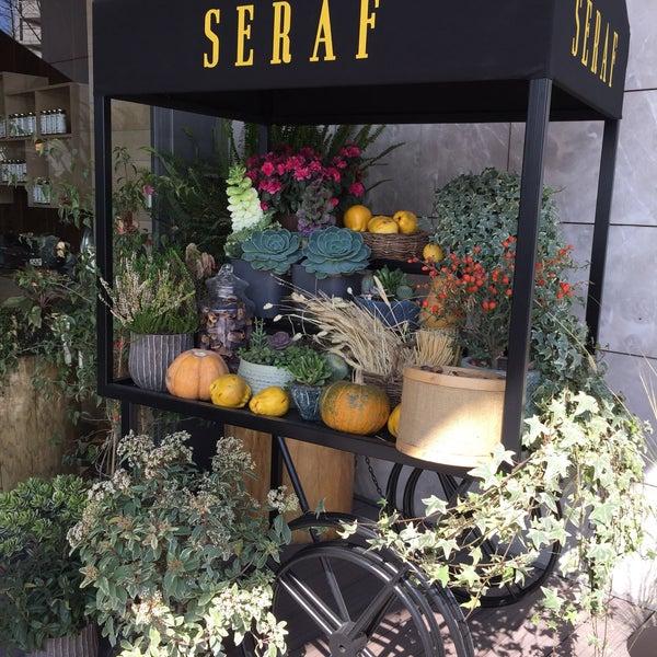 Photo prise au Seraf Restaurant par Asya Ö. le3/12/2020