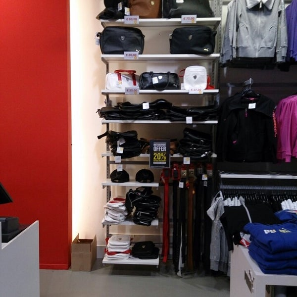 Photos at The PUMA Outlet Rosada Outlet Shopping, Roosendaal ...