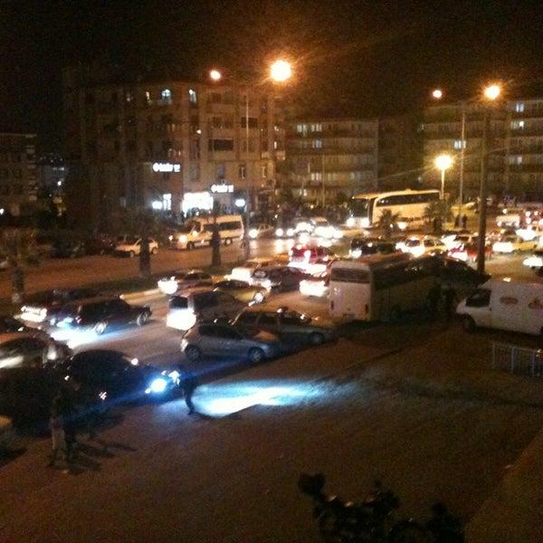 4/23/2013 tarihinde A'Nur C.ziyaretçi tarafından Albayrak Meydanı'de çekilen fotoğraf