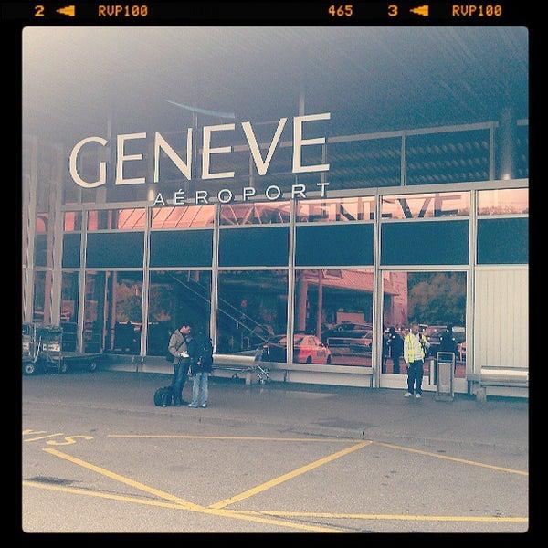 Photo prise au Aéroport de Genève Cointrin (GVA) par Jano W. le5/10/2013