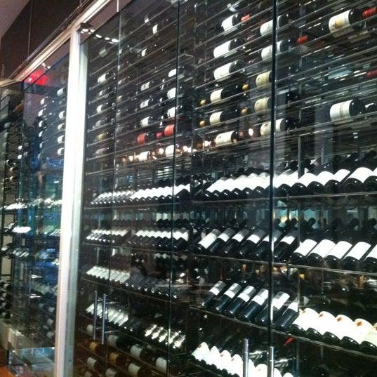 Снимок сделан в SOUTHGATE Bar & Restaurant пользователем Sarah K. 10/26/2012