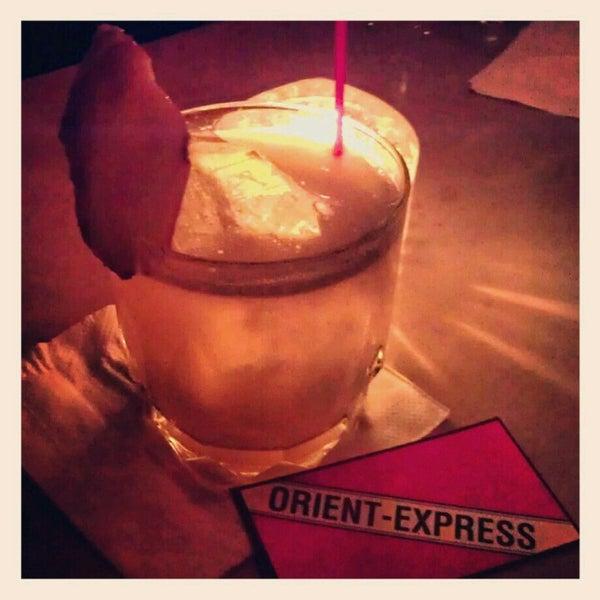 12/31/2012 tarihinde Christina X.ziyaretçi tarafından Orient Express'de çekilen fotoğraf